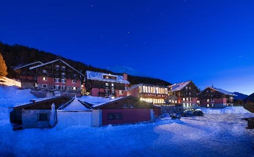 Alpen Village Hotel